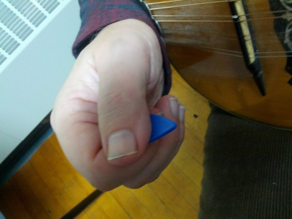 Right Hand pick grip
